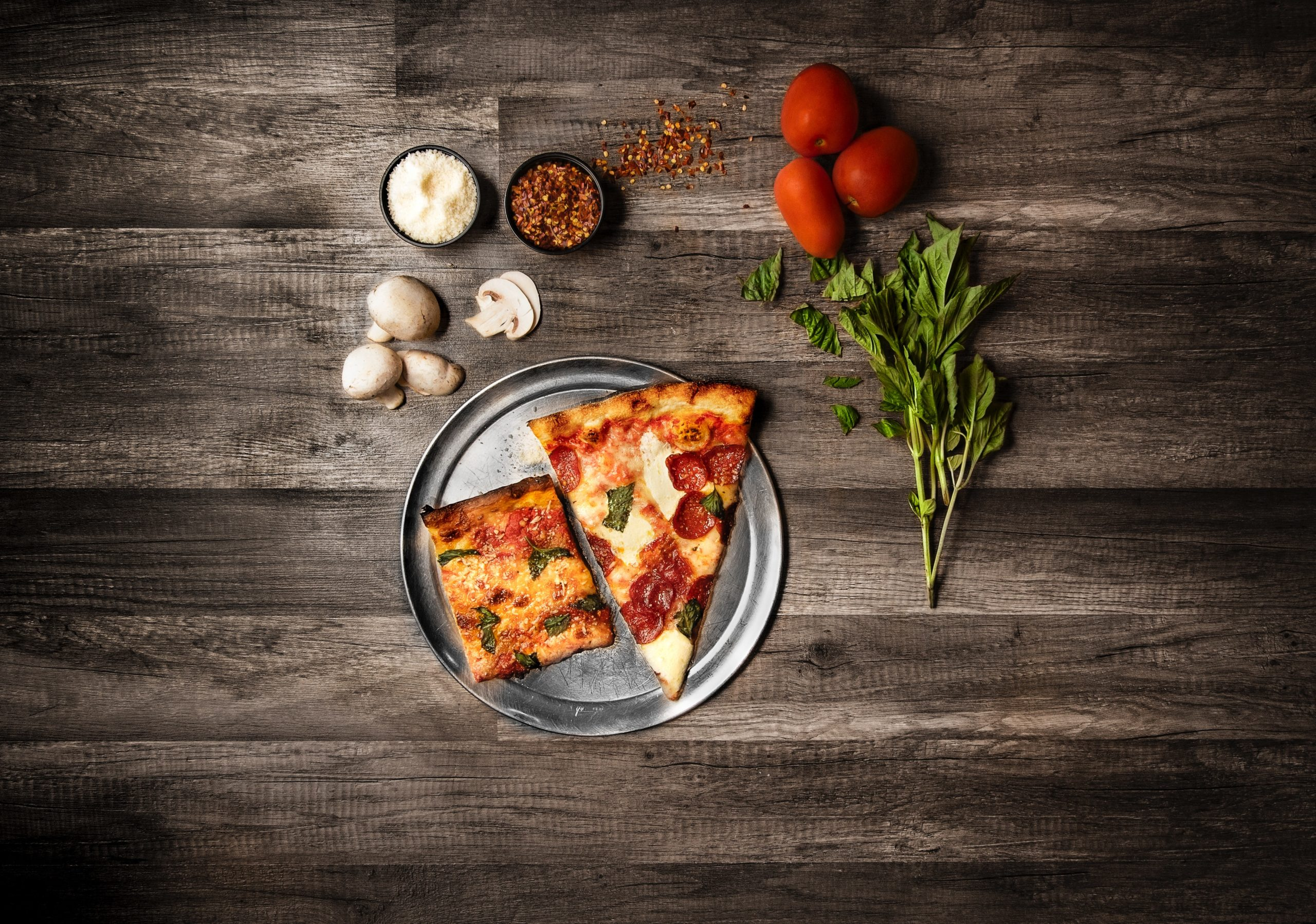The Basic Steps of Making a Pizza