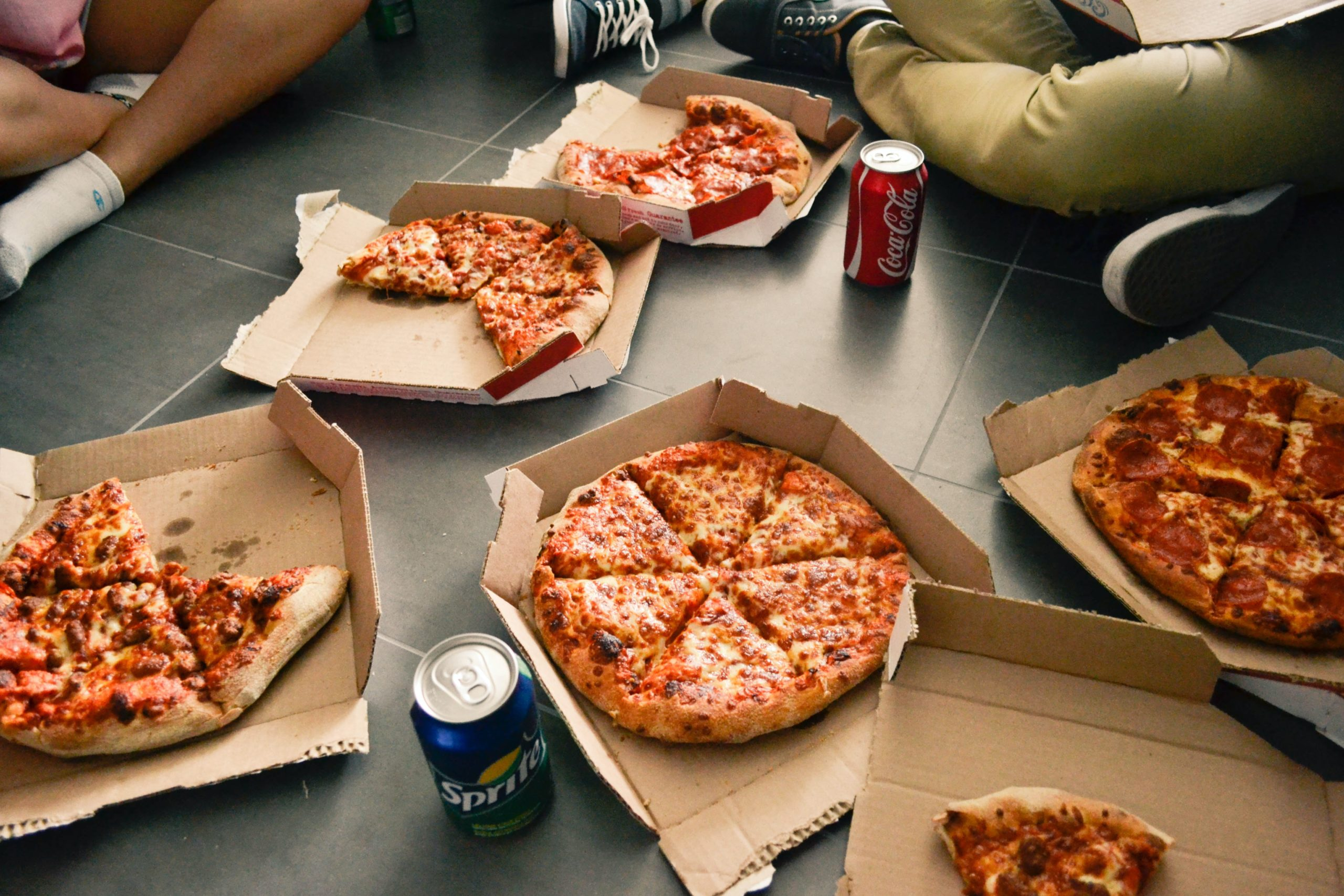 Why Futons Are Perfect for Pizza Parties